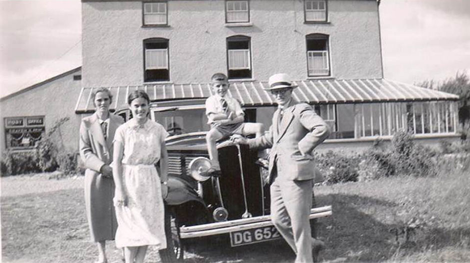 Helen with her parents and brother, in 1937