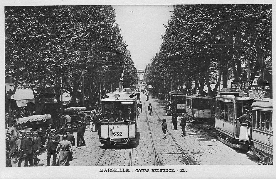 Trams in the Cours Belsunce